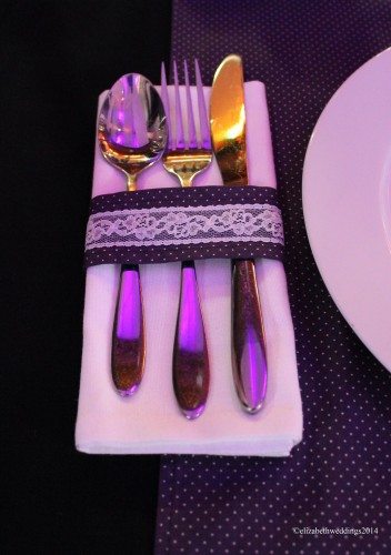 Matching table runners with fabric napkin rings