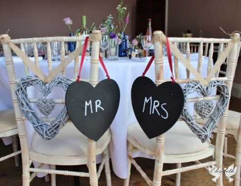 Mr and Mrs signage